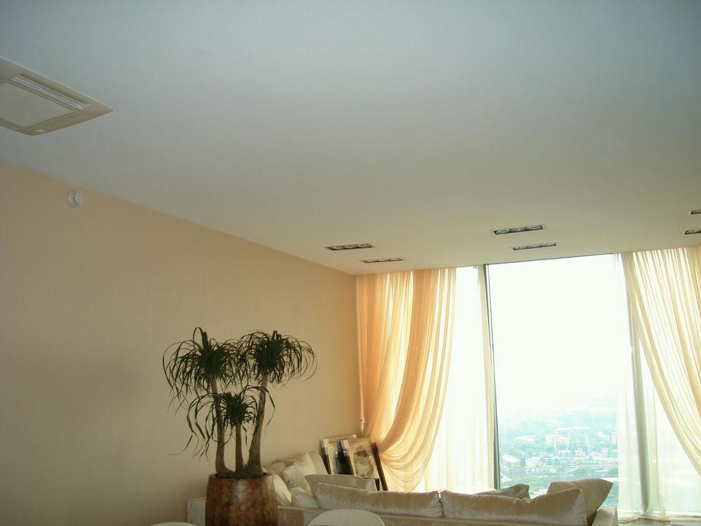 Матовые натяжные потолки от производителя Ремонтофф. Ремонт и отделка квартир под ключ.